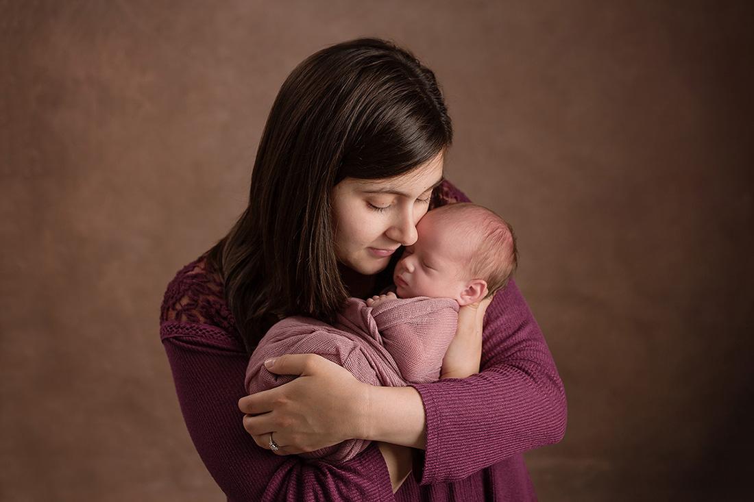 Clara-Newborn-022-sm