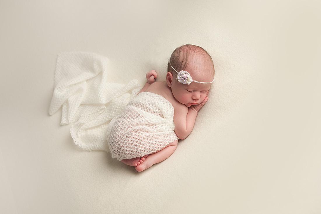 Clara-Newborn-077-sm