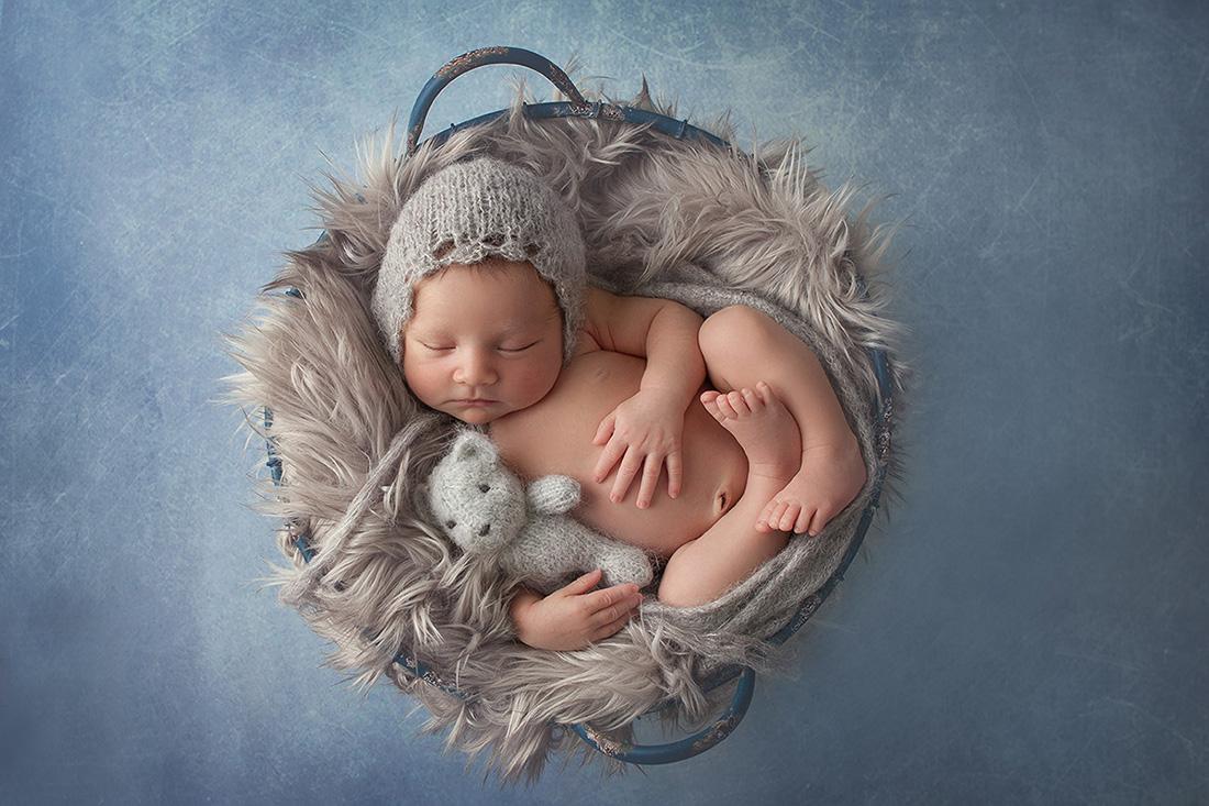 Coby-Newborn-057-sm