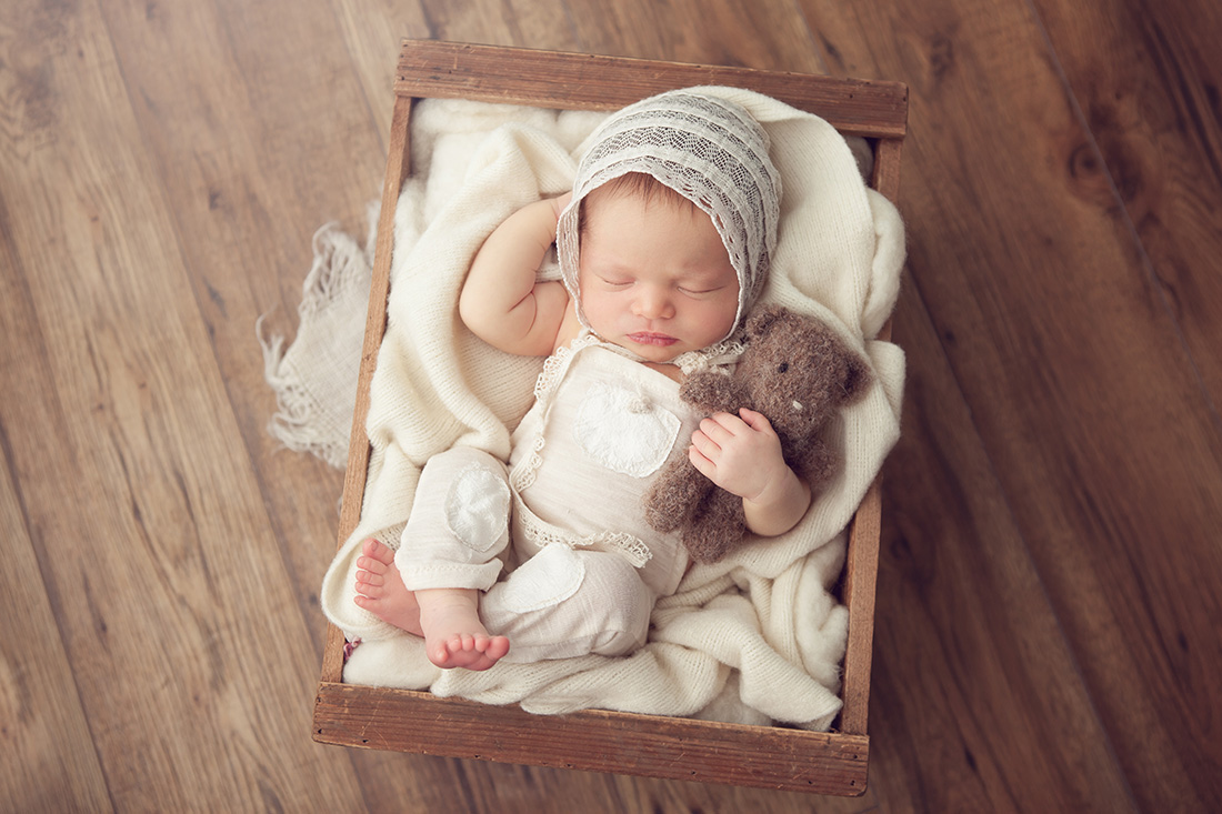Emily-Newborn-027-sm